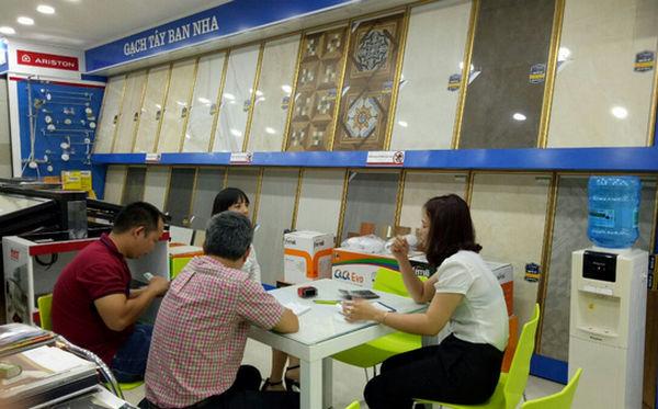 cam-nhan-khach-hang-tai-showroom-hai-linh-ngay-sieu-uu-dai-6
