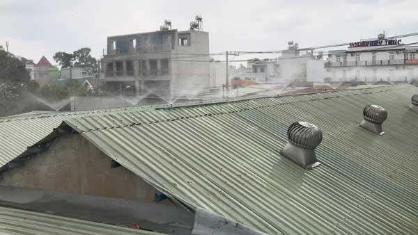 Giải pháp chống nóng mái tôn CỰC HIỆU QUẢ cho mùa nắng nóng 2