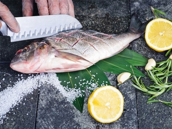 Chia sẻ mẹo khử mùi tanh của cá ĐƠN GIẢN nên áp dụng ngay 1